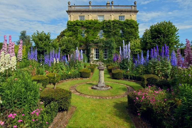 Highgrove Garden & House - cby Ava Photographic (UK)