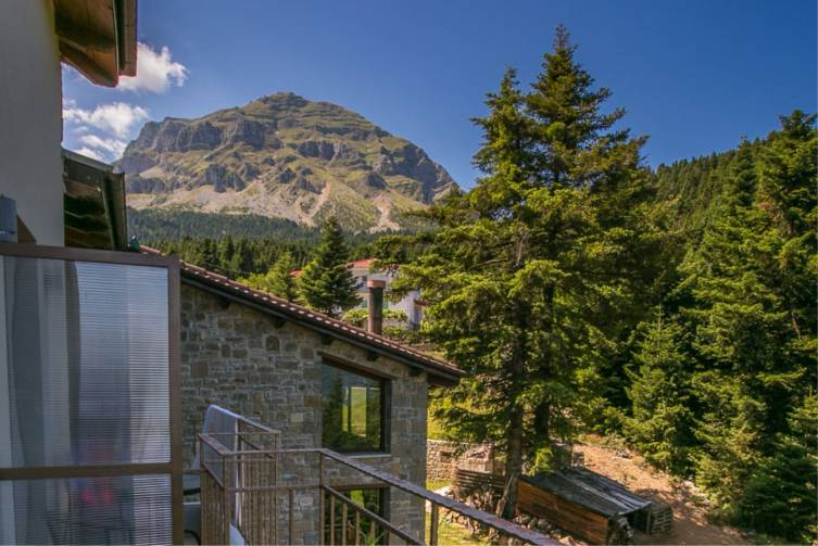 Idealtours_Epiros_Anavasi-Mountain-Resort_Balkon-Ausblick_hp.jpeg